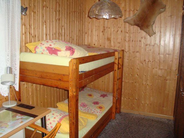 2. Schlafzimmer mit Doppelstockbett
