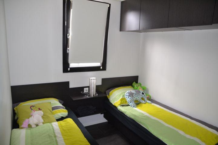 1. Kinderzimmer mit 2 Einzelbetten