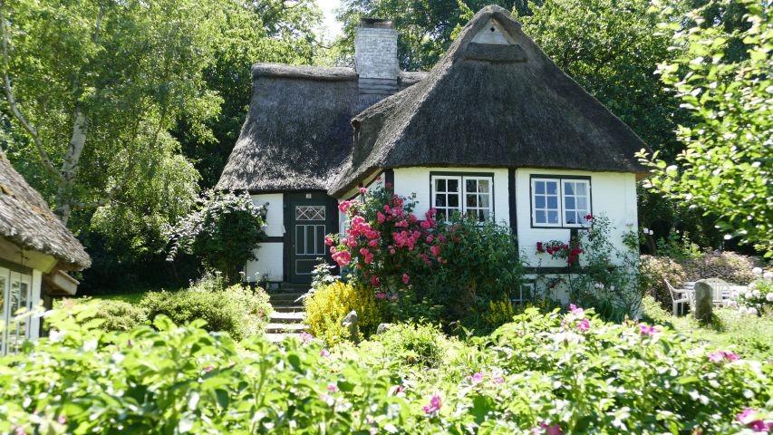 Reetdachhaus in Sieseby , eines der schönsten Dörfer in SH