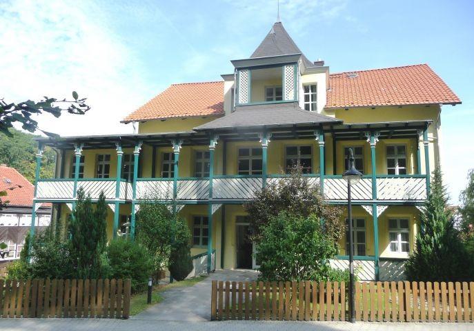 Haus Musica Haupteingang vis á vis Wald