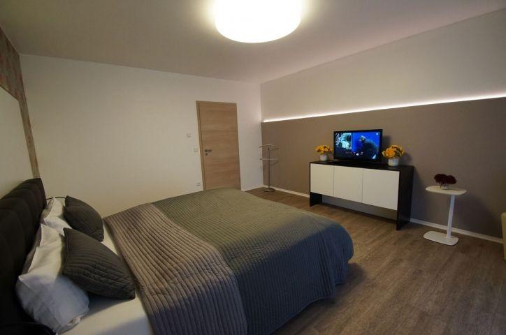 Schwarz-Weiß Suite ca 50 qm