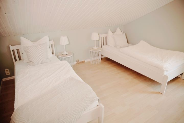 Schlafzimmer_2 mit Einzelbetten 0,90 x 2,00 m