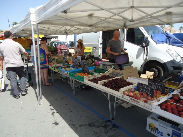 Markt in St. Pierre: Oktober