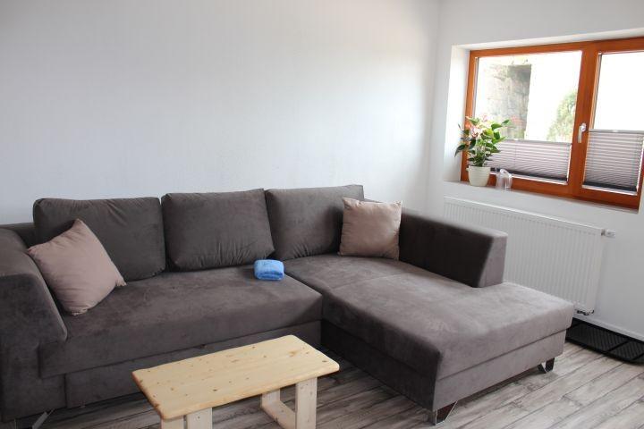 das große Sofa bietet einen zusätzlichen Schlafplatz 140 x 200