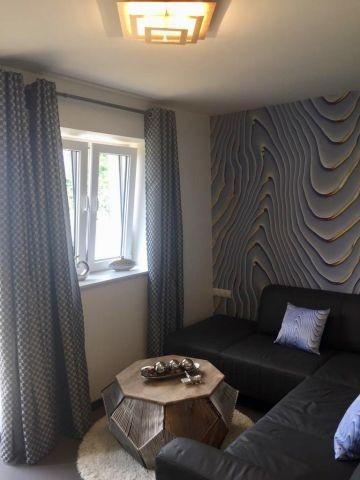 modernes Wohnzimmer mit Eckcouch