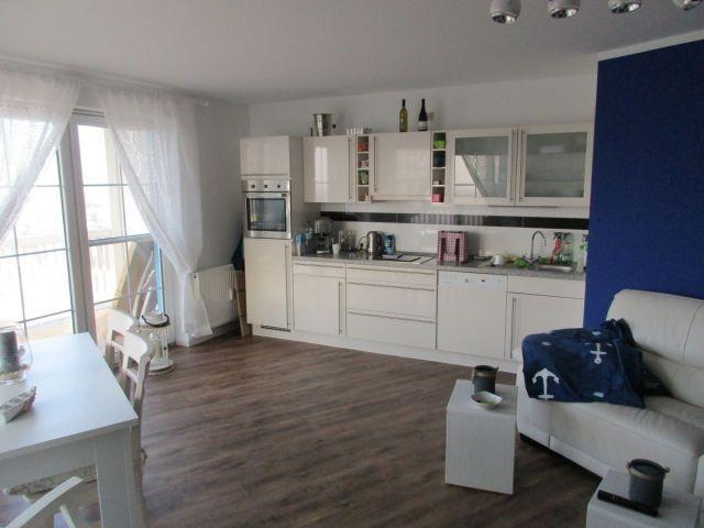 Wohn- Esszimmer Küchenzeile