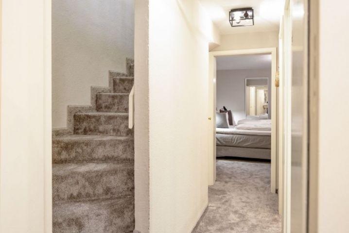 Treppe zum Souterrain
