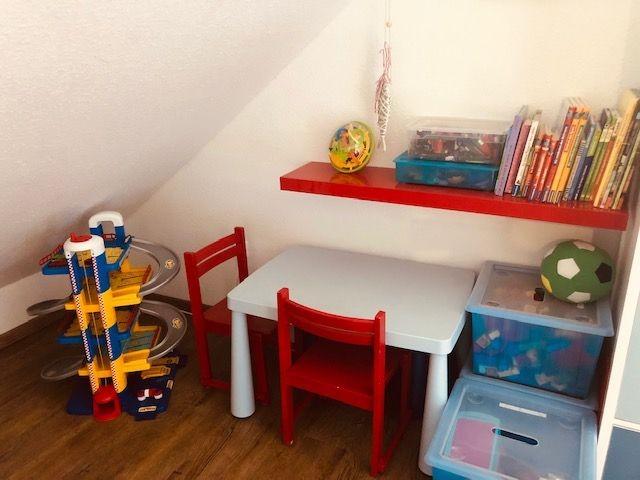 gut ausgestattete Spielecke für die Kleinen