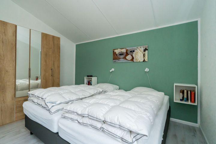 Schlafzimmer 1 mit 2 Einzel Boxsprings (1x2M)