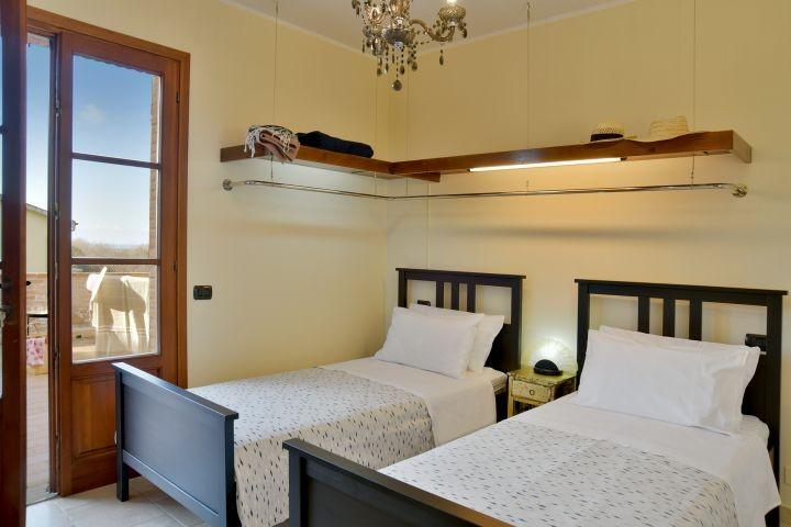 Zweitbettzimmer mit grosser Terrasse