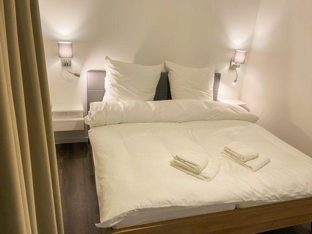 Schlafzimmer im 1 OG