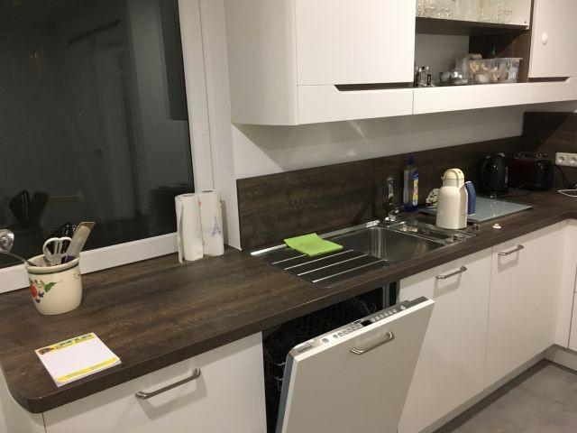 Hochwertige Küche mit Geschirrspüler