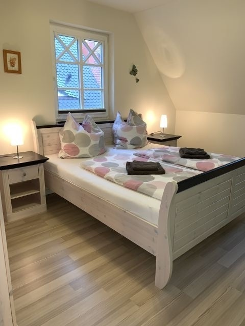 1. Schlafzimmer im 1. OG, Doppelbett 180x200