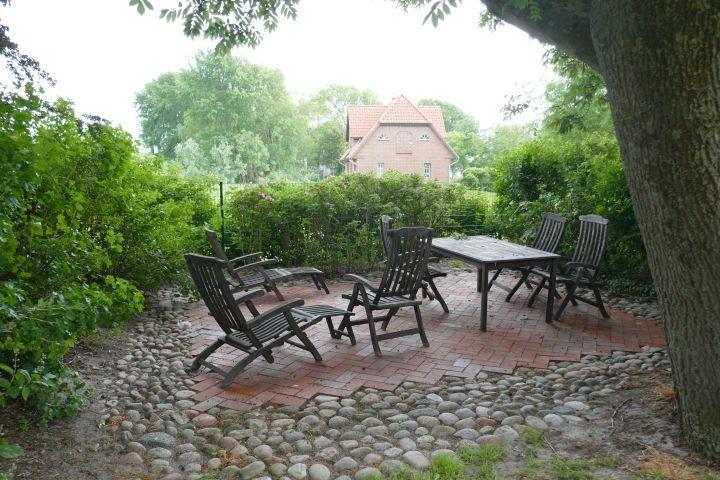 Terrasse mit Sitzmöglichkeiten