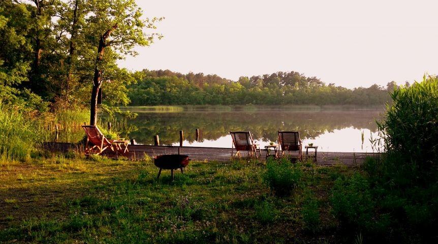 Ufer am Ferienhof mit Blick Richtung Westen