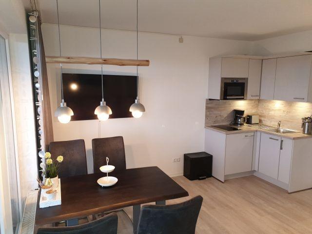 Wohnbereich mitneuer Küche