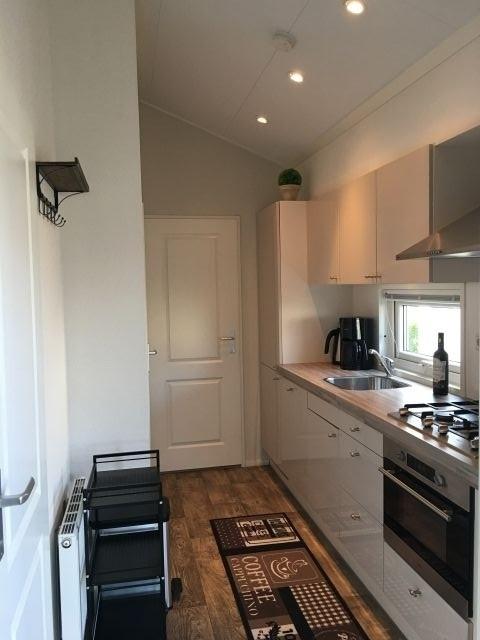 Blick vom Wohnzimmer Richtung Küche