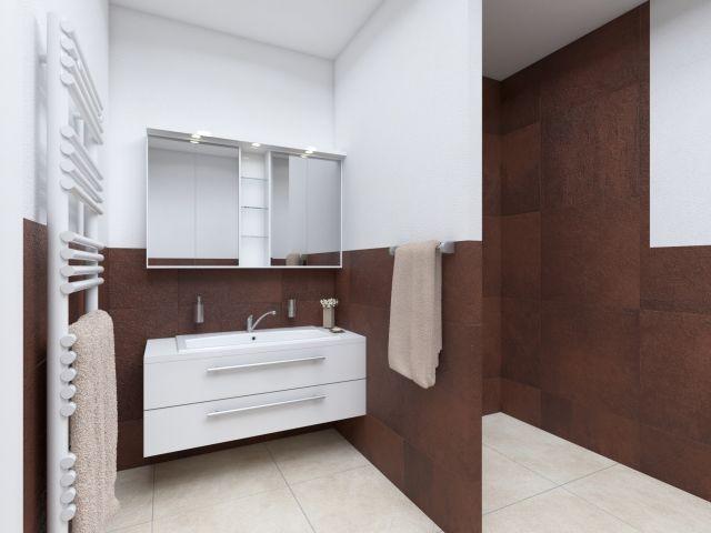 Badezimmer mit ebenerdiger Dusche im Yachtclub-Stil