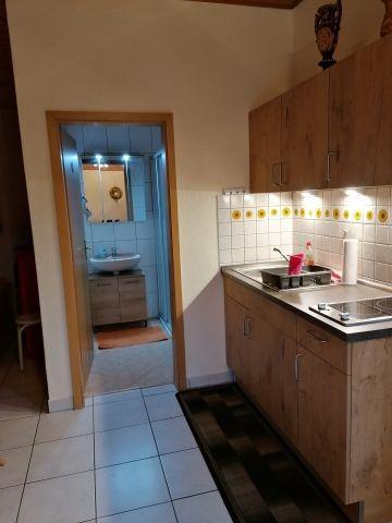 Singleküche mit anschließendem DU/WC- Bereich
