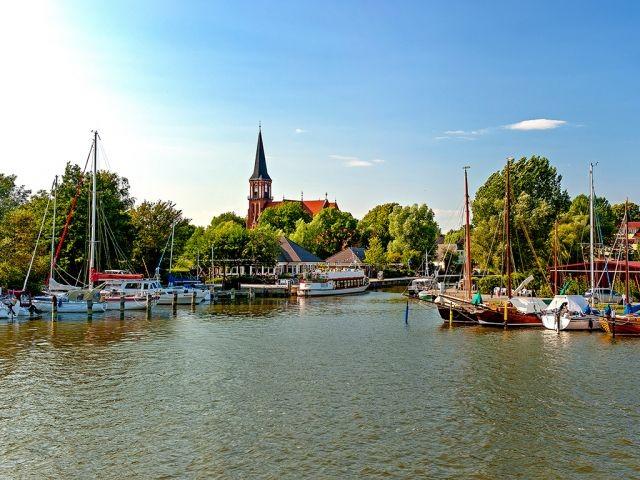 Hafenflair in Wustrow am Bodden