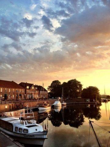 und auch den alten Hooksieler Hafen