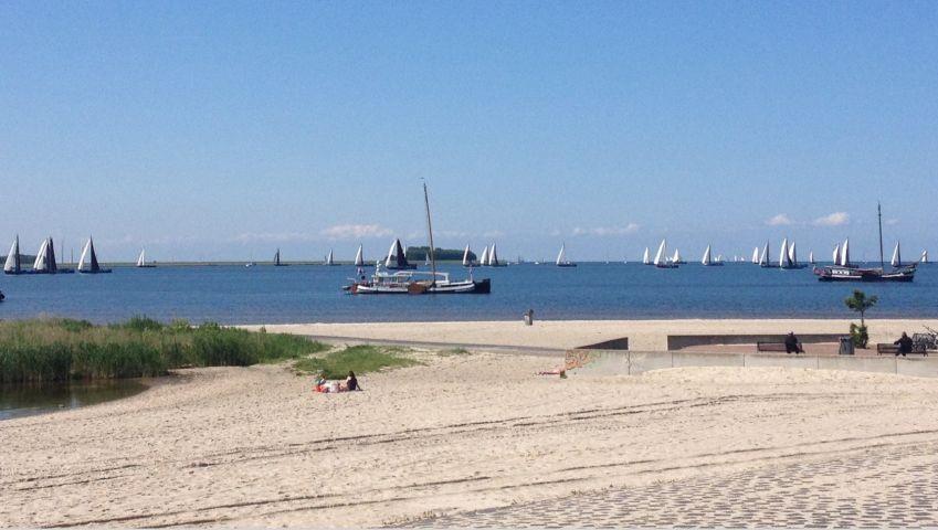 Strand Lemmer mit Paviljon