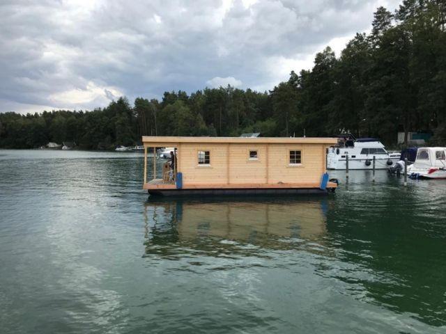 Am Hafen - Hausboot D10 Komfort