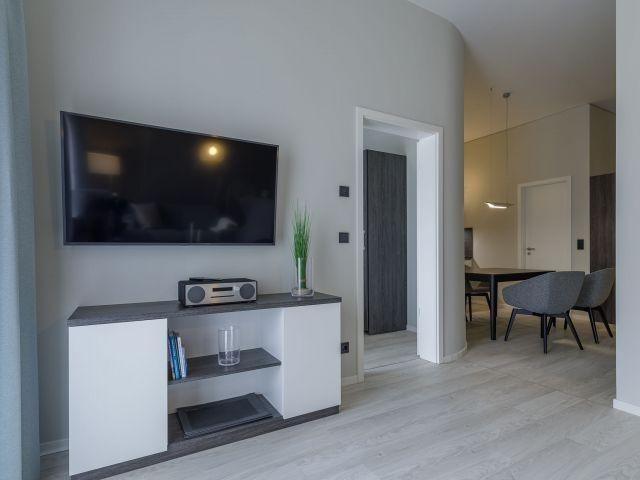 50 Zoll TV im Wohnzimmer