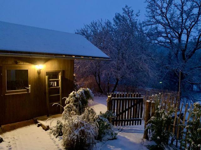 Gartensauna im Schnee
