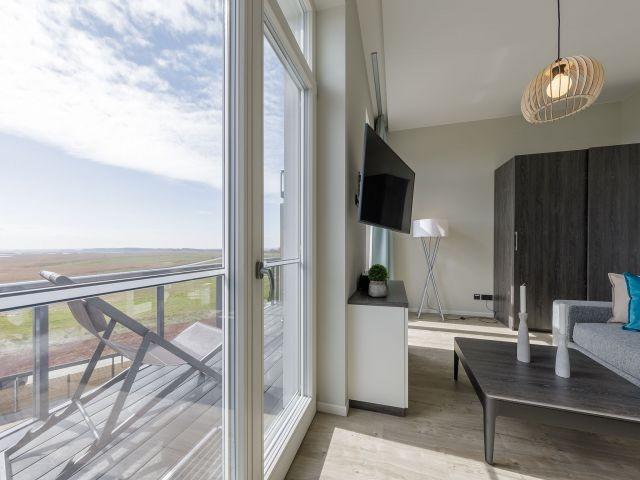Traumhafter Boddenblick und möblierter Balkon