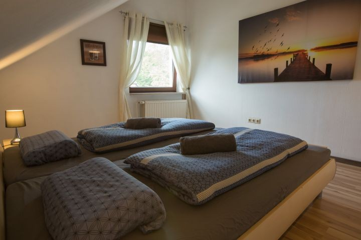 Schlafzimmer 1 - Blick vom Bett