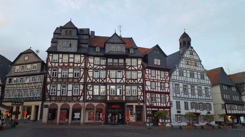mittelalterlicher Marktplatz Butzbach - 2,5 km entfernt