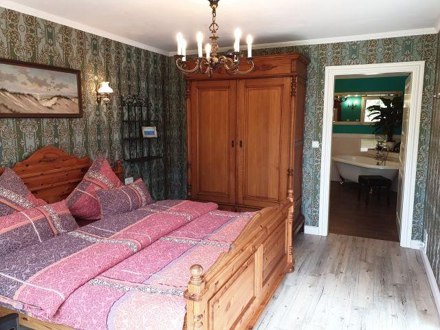 Blinkfuer104 Schlafzimmer 1