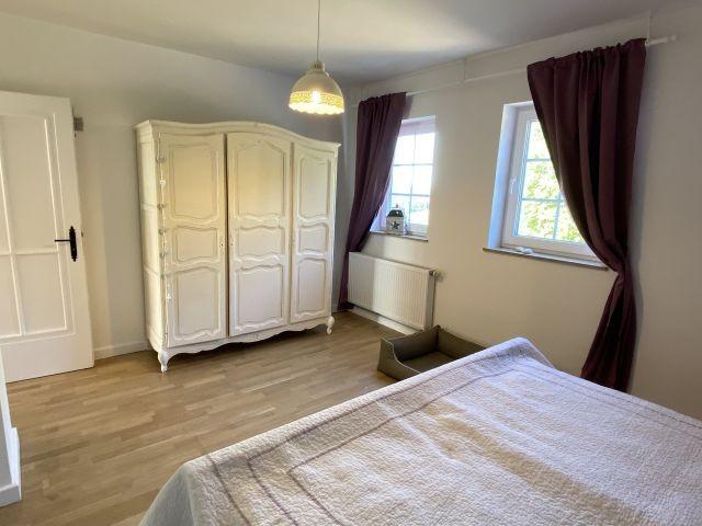 1tes Schlafzimmer mit DB im OG