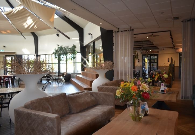 Lounge im Parkzentrum