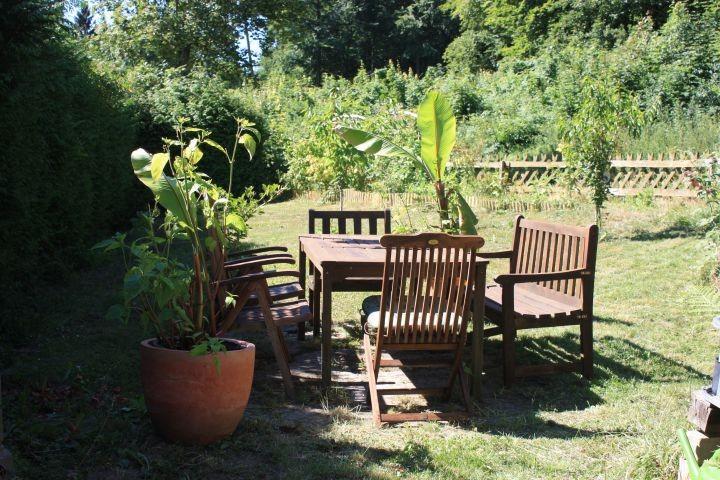 Sitzgelegenheiten in Ihrem sonnigen Garten