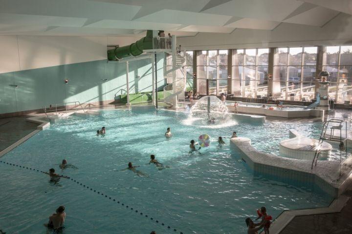 Schwimmbad im Ferienpark