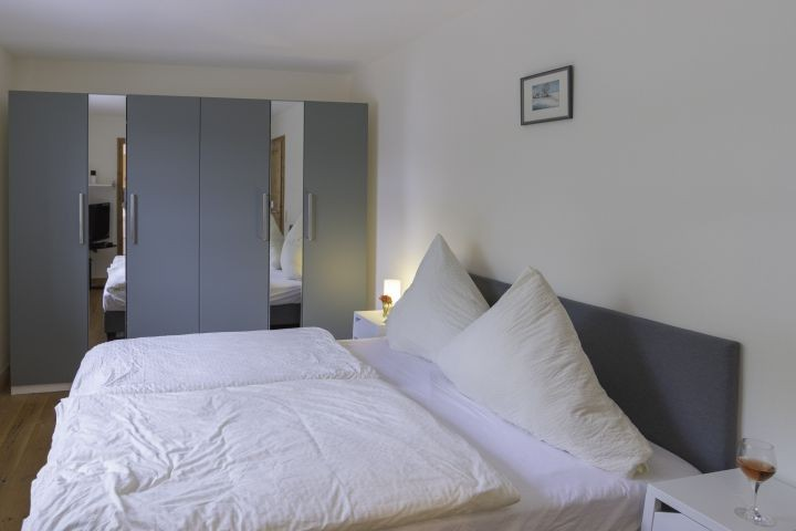 Schlafzimmer  Erdgeschoss mit Badezimmer