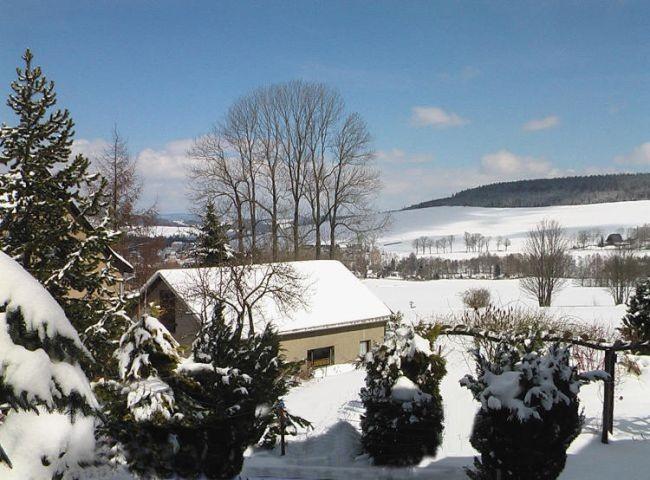 ideale Lage für Skitouren  oder Wanderungen
