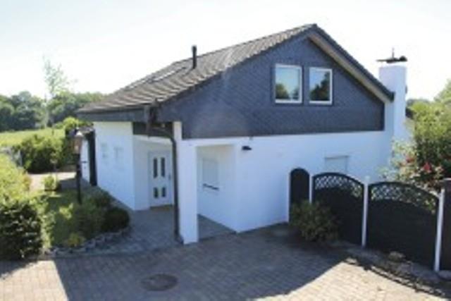 """Ferienhaus """"Das weiße Fischerhaus"""""""