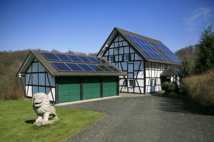 Ferienhaus Stift Ennenbach Einfahrt