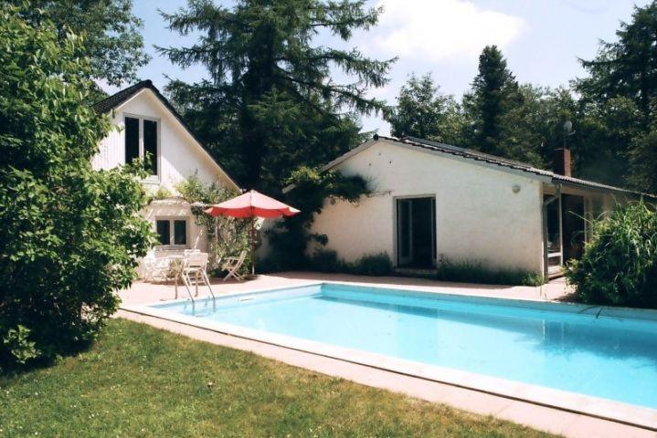 Exklusives ferienhaus mit beheiztem au enpool und sauna for Ferienunterkunft nordsee