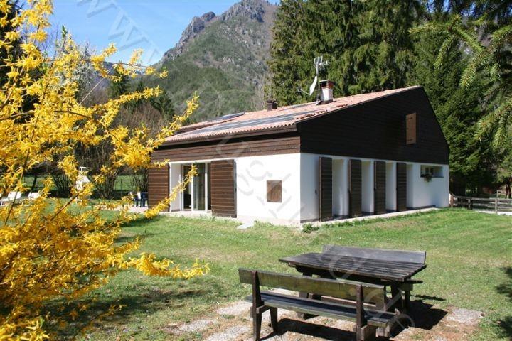 Villa Nini am Lesdrosee