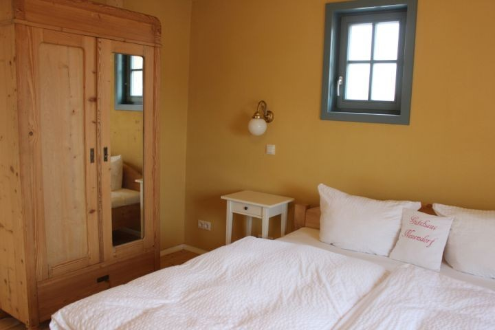 Schlafzimmer 1 (2 Betten)
