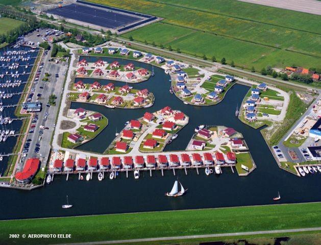 """Marina Park """"It Soal"""", jedes Ferienhaus am Wasser"""