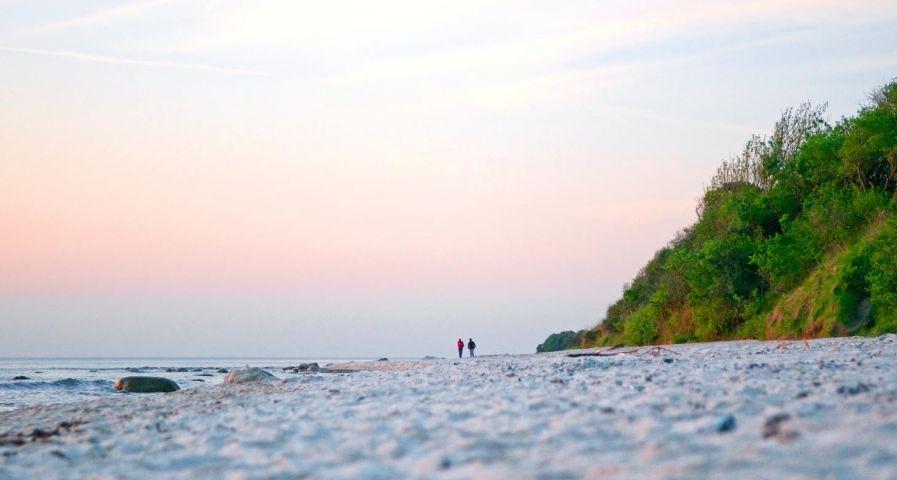 Fast endlose Strandspaziergänge erwartet Sie.