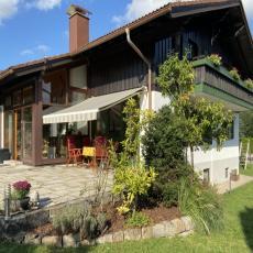 Luxuriöse Landhausvilla bis 8 Personen, Plus-Karte, Haustie ...
