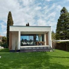 Ferienhaus in idyllischer Lage am Gardasee, mit Garten und P ...