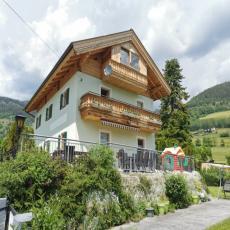Romantisches Selbstversorger Haus mit Garten in die Nähe vo ...