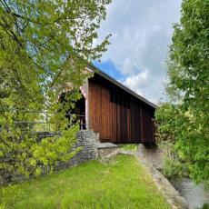 Helle und moderne Ferienwohnung mit Kamin